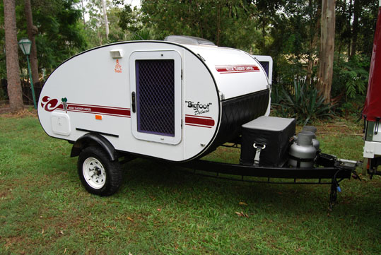 Cool 1992 4WD Camper Trailer And Aluminium Boat Motor Package FOR SALE From